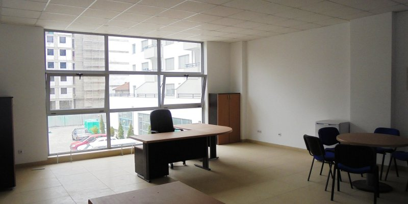 Jepet me qera ambient per zyra ne rr. Frosina Plaku, Tirane.