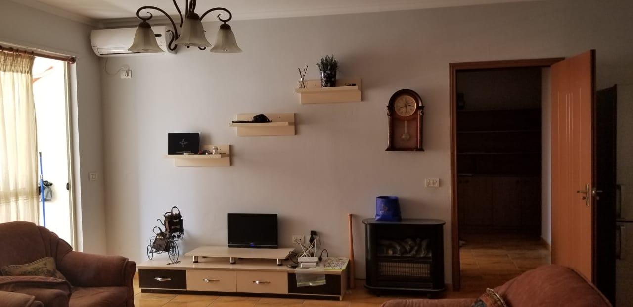 Shitet apartament 1+1 ne rr. Besim Alla, Tirane.